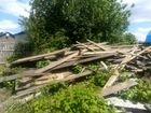 Бревна и доски на дрова