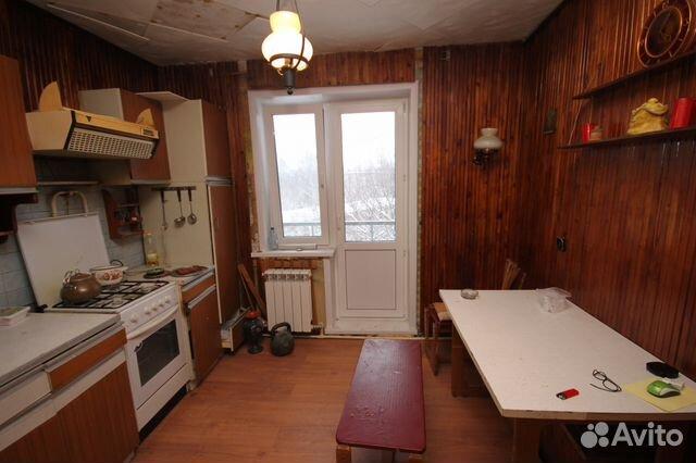 Продается трехкомнатная квартира за 3 500 000 рублей. 2-й Истомкинский проезд, 9.