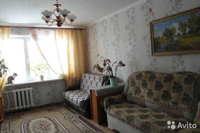 Продается трехкомнатная квартира за 3 700 000 рублей. улица Бурденко, 25.