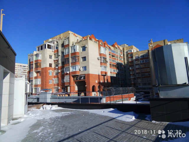 Продается четырехкомнатная квартира за 5 300 000 рублей. г Саратов, ул Большая Затонская, д 19/21.