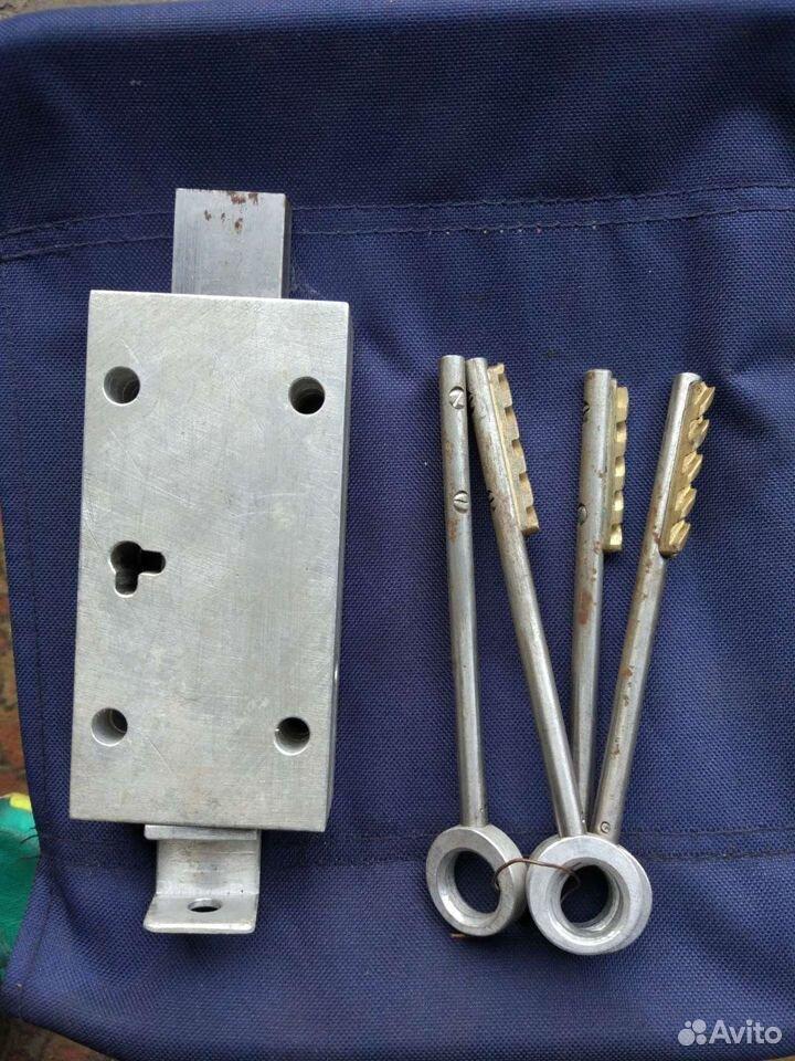 Замок с ключами для гаража  89537428734 купить 1