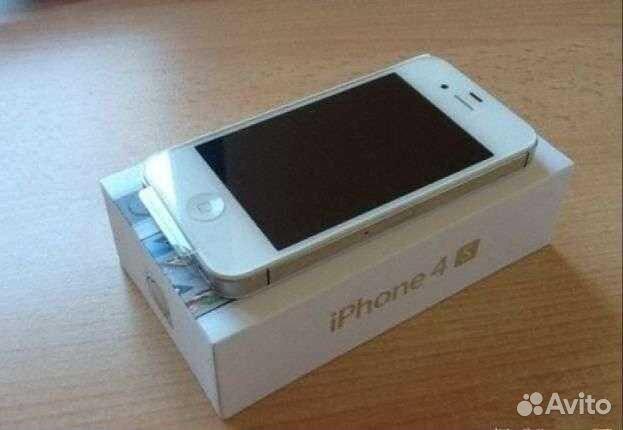 iPhone 4S 32Gb. Новый. Не использовался