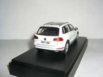 Volkswagen Touareg-II рестайл 2014 Herpa Wh вар.цв