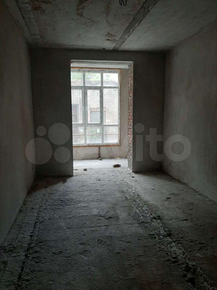 3-room apartment, 90 m2, 8/8 FL.